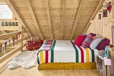 37 cozy bedroom ideas how to make your room feel cozycozy bedroom ideas pendleton blanket Winter Bedroom, Cozy Bedroom, Bedroom Apartment, Apartment Therapy, Bedroom Decor, Bedroom Ideas, Cabin Bedrooms, Trendy Bedroom, Bedroom Rugs