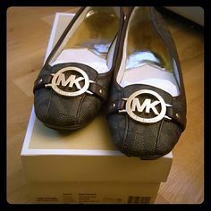 Michael Kors-never worn Michael Kors-never worn Michael Kors Shoes Flats & Loafers