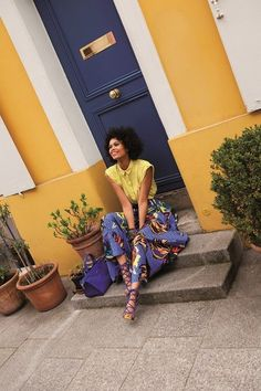 Chemisier @monkiworld - Jupe @officialpinko - Ceinture #MaisonBoinet - Chaussures #GordanaDimitrijevic - Bracelet @bimbalola - Sac @longchamp