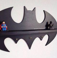 Estante de madera Batman 177 en x 95 en 3