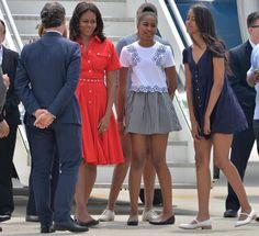 dochters van Obama ; mooie set met wit shirt en geruit rokje