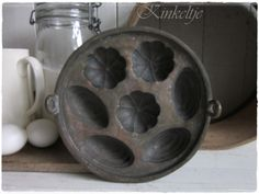 """Antieke bronzen  """"Evenveeltjespan"""""""