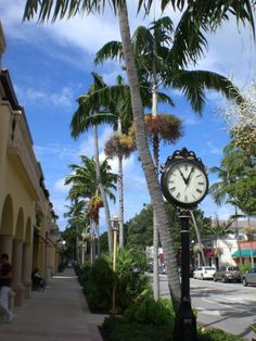 Naples Main Street is 5th Avenue South! That's where our office is, too! Stop by to say hi at 550 5th! Ask for Chip & Michele. We are happy to take you on a tour of downtown Naples!