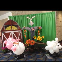 Barnyard balloon animal decorations