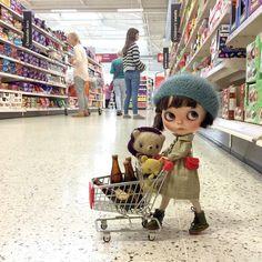 "https://flic.kr/p/xUJpWZ | I'm helping my grandma with her shopping today. I wonder if she'll mind if I buy a little chocolate ?!"" #shopping #holagominola  #dewdropteddybears #blythedolls  #dollphotography #moshimoshi  #dakawaiidolls  #thelittlemischiefs  #kawaii  #sainsburys  #cho"