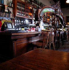 La barra de El Federal, la preferida de Audrey Tautou: uno de los bares notables de San Telmo, Buenos Aires: Perú y Humberto I