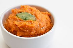 Creamy Mashed Sweet Potatoes – A Speedy Thanksgiving Side Dish // wishfulchef.com