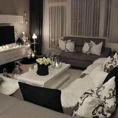 Grey and black living room Living Room Grey, Home Living Room, Apartment Living, Living Room Designs, Living Spaces, Living Room Ideas Black And White, Black Living Room Furniture, Living Room Decor Colors Grey, Grey Living Room Ideas Color Schemes