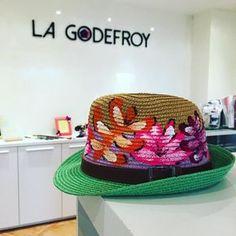 Pure pleasure by lagodefroy #landscape #contratahotel (o) http://ift.tt/1VTs3Mv están disponibles lo sombreros pintados a mano By @regeseuzdisgraf  Elige uno o varios!!! Arma tu #outfit que no sólo tiene que ser para la playa los sombreros son casuales y puedes darles el uso que prefieras!  #lagodefroy #boutique de #diseñovenezolano #margarita #hotelveneturmargarita #Caracas #losproceres #hechoenvenezuela #sombreros #pintados #flores #paisajes #accesorios #fashion