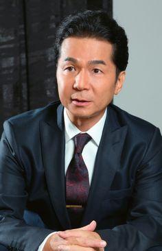 ニュース| コンプリート・ベストが通算6週で首位を獲得する、近年では極めて異例なヒットとなり、11月28日からは「史上最強の移動遊園地DREAMSCOMETRUEWONDERLAND」も開催するDREAMSCOMETRUE。その音楽性はもちろんだが、ディーシーティーエンタテインメント代表でもある中村正人氏の冷静なビジネス視点と、アーティスト・吉田美和への愛も、その長きにわたる活躍を裏付けているようだ。