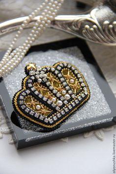 """Купить Брошь""""Crown"""" - брошь, винтажная брошь, объемная брошь, вышитая брошь, роскошная брошь"""