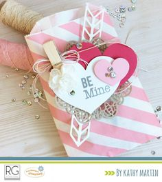 Be Mine Treat Bag by Kathy Martin for Journey Blooms using Fun Stampers Journey supplies. Homemade Valentines, Valentine Treats, Valentine Stuff, Craft Packaging, Pretty Packaging, Cool Paper Crafts, Happy Hearts Day, Scrapbooking, Treat Bags