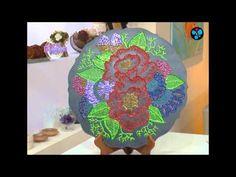 Cuadro con diseño floral   Rosana Ovejero en Bienvenidas Tv Tv, Floral Design, Picture Walls, Paintings, Tvs, Television Set, Television