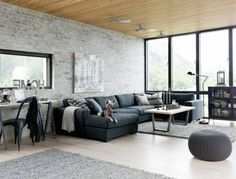 Sofa Grau Wohnzimmer Industriell Offener Wohnplan Steinwand