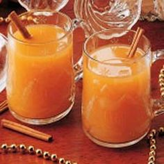 Holiday Wassail Recipe- a hint of apricots and oranges really gives this flavor!