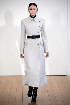 Philosophy di Lorenzo Serafini Fall 2010 Ready-to-Wear Collection Photos - Vogue