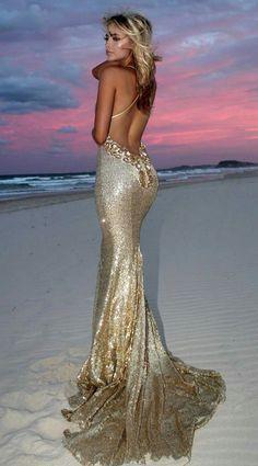 Perfect beautiful gold dress Source by dresses long glamour gold Elegant Dresses, Pretty Dresses, Sexy Dresses, Fashion Dresses, Prom Dresses, Formal Dresses, Wedding Dresses, Backless Dresses, Amazing Dresses