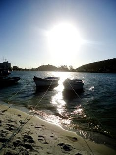 Canal - Cabo Frio RJ Continua lindo e o pôr do sol...humm!  Sem palavras! Foto Renata Annunciação