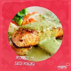 Aprende a preparar unas deliciosas pechugas de pollo en salsa poblana para sorprender a tu esposo, y si a tus peques no les gusta la salsa, una deliciosa pechuga de pollo para ellos.