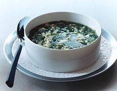 Spinach Stracciatella Soup (using frozen spinach)          Spinach Stracciatella Soup Recipe  at Epicurious.com