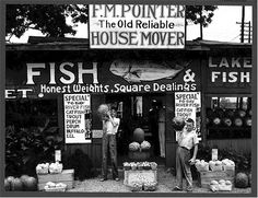 Roadside stand near Birmingham, Alabama, 1936. Photographer: Walker Evans