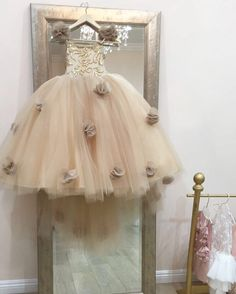 ISABELLA COUTURE 08/2016