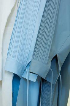 Abaya Designs, Kurti Neck Designs, Sleeve Designs, Blouse Designs, Kurti Sleeves Design, Sleeves Designs For Dresses, Stylish Dress Designs, Stylish Dresses, Abaya Fashion