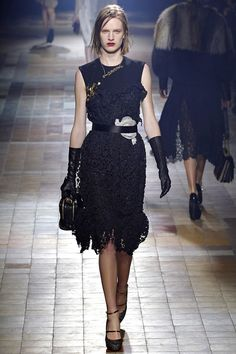 Lanvin Fall 2013 RTW - Review - Fashion Week - Runway, Fashion Shows and Collections - Vogue