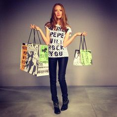 Patrizia Pepe will #rock #you with these new t-shirts #special #edition #shoppingbag #patriziapepeoffbeat #getyours #style #fashion #fashionable #follow   Watch out our blog:  #onlypatriziapepehttp://patriziape.pe/insidetheblog