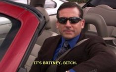 """26 Hilarious """"The Office"""" Moments That'll Make You Laugh Every Time Britney Spears, Britney Meme, Foto Fails, Office Jokes, The Office Show, Office Wallpaper, Trippy Wallpaper, Emoji Wallpaper, Twitter Header Photos"""