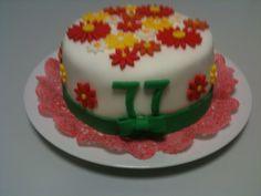 Flower power birthday cake / Blumiger Geburtstagskuchen