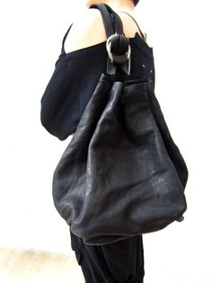 GUIDI KS02 soft horse/ショルダーバック、バッグパック/boutiqueW Soft Leather Handbags, Black Leather Bags, Luxury Purses, Luxury Handbags, Big Bags, Leather Accessories, Fashion Bags, Purses And Bags, Sash