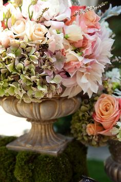 Marianne Lozano Photography, Butterfly Floral and Event Design via CeremonyBlog.com (3)