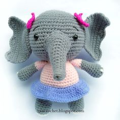 Mesmerizing Crochet an Amigurumi Rabbit Ideas. Lovely Crochet an Amigurumi Rabbit Ideas. Crochet Cat Pattern, Crochet Amigurumi Free Patterns, Free Crochet, Crochet Crafts, Crochet Toys, Crochet Projects, Sewing Crafts, Crochet Round, Single Crochet