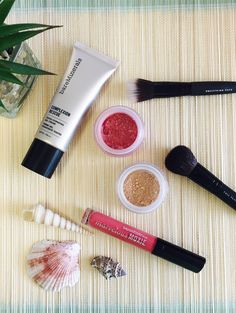 Wir lieben das neue Make-Up-Set von bareMinerals® #makeup #makeuplove #foundation #pouder #lipglos #beauty