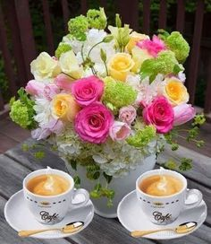 Good Morning Flowers Quotes, Good Morning Beautiful Flowers, Good Morning Roses, Beautiful Rose Flowers, Good Morning Picture, Sweet Coffee, Coffee Love, Good Morning Coffee Gif, Coffee Heart
