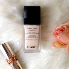 CHANEL Perfection Lumiere Foundation Almost new, only used a few pumps to discover it didn't suit me. See fullness of volume in third pic, at text level. Color is Beige 20. Ready to ship! No trades. CHANEL Makeup Foundation