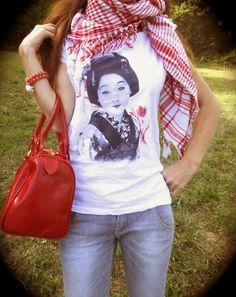 THE FASHIONAMY by Amanda: Outfit idea - Kefiah e Geishe #geishe #outfit #fashion #tshirt #denim #denimondenim #style #fashionblogger #girl