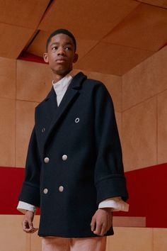 Acne Studios Fall 2016 Menswear Fashion Show