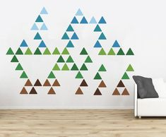 DIY triangle pattern decal accent wall #triangle #pattern #decal #accentwall #mountains #decor #diy #diyhomedecor #diyaccentwall