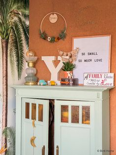 Babykamer inspiratie van Souraya van Binti Home Little My, Baby Room, Gallery Wall, Frame, Kids, Baby Announcements, Home Decor, Future, Desk