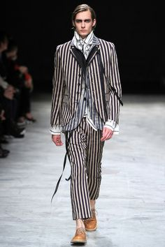 Ann Demeulemeester Spring 2014 Menswear Collection Slideshow on Style.com