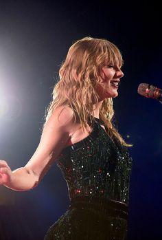Estilo Taylor Swift, Taylor Swift Concert, Long Live Taylor Swift, Taylor Swift Hot, Swift 3, Red Taylor, Taylor Swift Pictures, Miss Americana, Taylor Swift Wallpaper