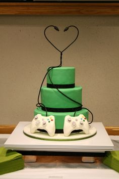 Wedding Cakes Wedding Cake designs and Wedding Cake Ideas - Cake Decorating Community - Cakes We Bake Creative Wedding Cakes, Amazing Wedding Cakes, Wedding Cake Designs, Video Game Wedding, Wedding Games, Our Wedding, Wedding Ideas, Elegant Wedding, Fall Wedding