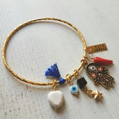 Ref:PU2104 Pulsera hamsa aro . @pavoirreal #pavoirreal #necklace #hamsa #bracelet #jewelry #golden  #style #mystyle #handmade #design #colombiandesign #style #biyoux #musthave #handcrafted #yocomprocolombiano💯✔️