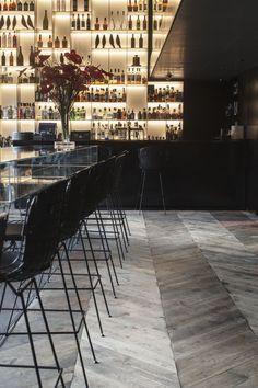 Great flooring design. Tunes Bar at the Conservatorium hotel Amsterdam designed by Piero Lissoni