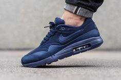 Nike Air Max 1 Ultra Moire Midnight Navy/Midnight Navy-Black Nike Air Max Mens, Yeezy, Nike Shoes Outlet, Nike Shoes Cheap, Running Shoes Nike, Nike Free Shoes, Cheap Nike, Men Sneakers, Sneakers Fashion
