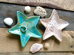 Starfish Ring Holder - Engagement Ring Dish - Wedding Ring Holder - Nautical Bedroom Decor - Soap Dish - Nautical Bathroom - Bathroom Vanity by ShineBoxPrimitives on Etsy Ring Holder Wedding, Wedding Ring, Groom And Groomsmen Suits, Starfish Ring, Nautical Bedding, Nautical Bathrooms, Cool Items, Diy Crafts To Sell, Ring Dish