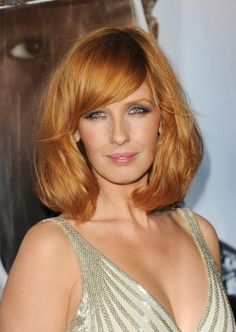 COLOR!  Kelly Reilly at event of Zborul (2012) http://www.movpins.com/dHQxOTA3NjY4/flight-(2012)/still-1569042176