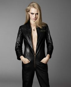 Leather Jumpsuit -- ELLE US September 2016 Cara Delevingne by Terry Tsiolis Leather Catsuit, Leather Jumpsuit, Cara Delevingne Style, Poppy Delevingne, Elle Us, English Fashion, Mode Editorials, Elle Magazine, Leather Design